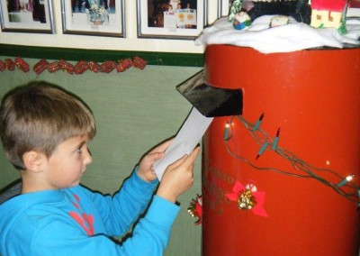 Kids sending their letter to Santa