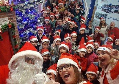 Santa Claus Lunes y Miércoles a las 6